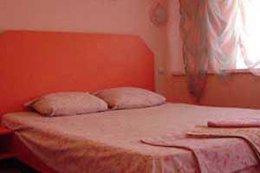 Фото мотель Розовый фламинго, Горловка