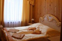 Фото-3 номер Люкс - гостиница Ялынка, Вышков