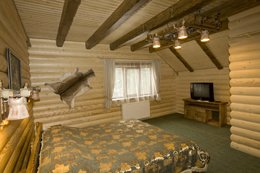 Фото номер люкс в коттедже - комплекс отдыха Медвежья гора, Яремче