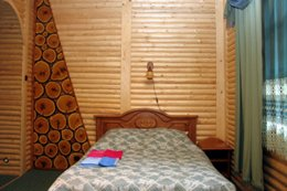 Фото номер люкс с камином - комплекс отдыха У Ярослава, Яремче