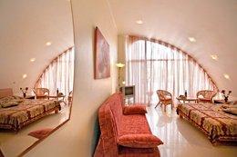 Фото-2 номер Люкс - отель Вилла Касабланка, Затока