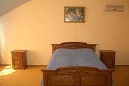 Фото-5 гостиница Золотая пава, Берегово